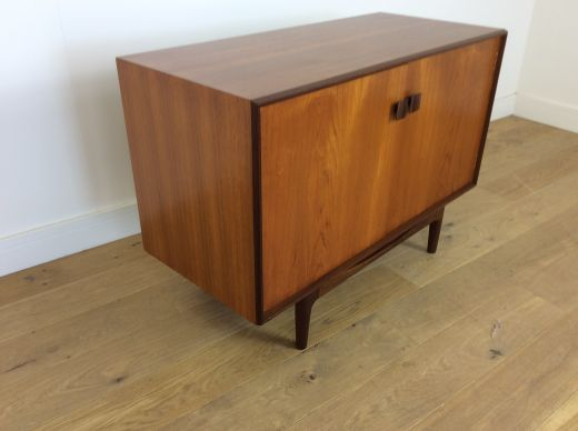 CHESTS MID CENTURY CABINET (item #1916)