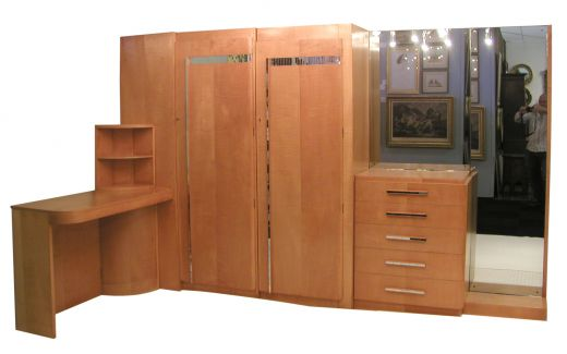 Bedroom Betty Joel Fitted suite (item #394)